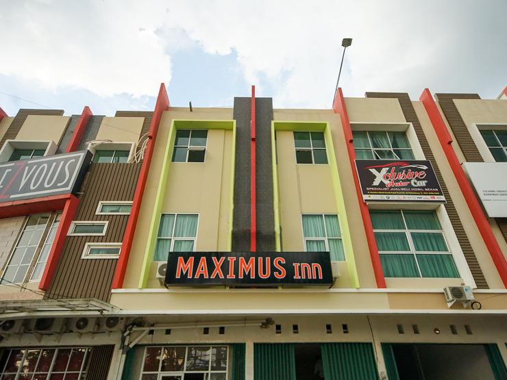 The Maximus Inn Hotel Palembang - facade