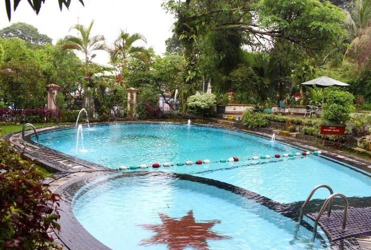Asana Grand Pangrango Bogor - Pool