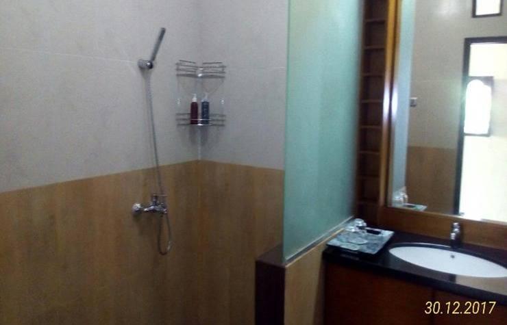 Rumah Tu7u Tabanan - Bathroom