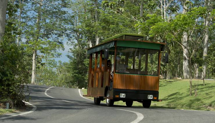 AYANA Resort and Spa, BALI - Antar-Jemput trem
