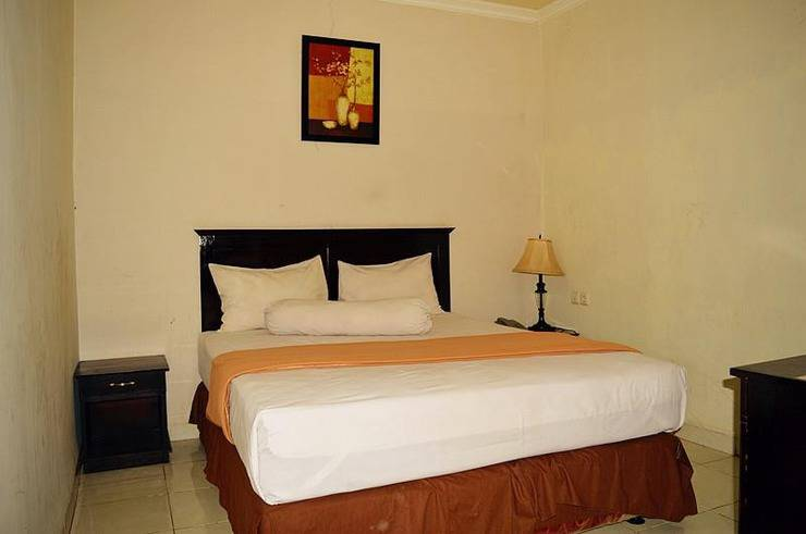 Lotus Hotel Pare Pare - Guest Room