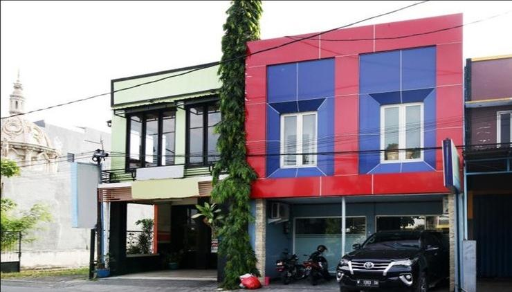 Losmen Syari'ah Surabaya Surabaya - Exterior