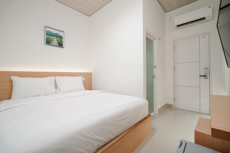 Snow White Residence Jakarta - Photo