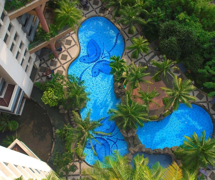 Grand Tropic Jakarta - Outdoor Pool