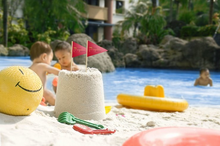 Grand Tropic Jakarta - Childrens Play Area - Outdoor