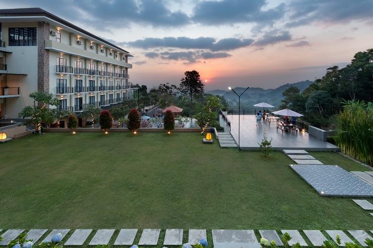 Nava Hotel Tawangmangu - Taman