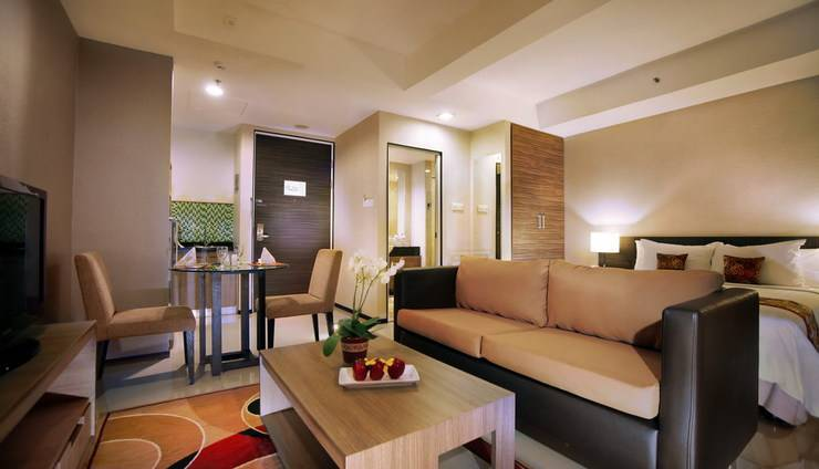 Aston Balikpapan - Superior room Living room