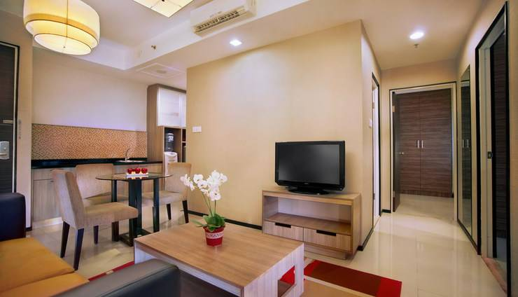 Aston Balikpapan - Executive Living Room