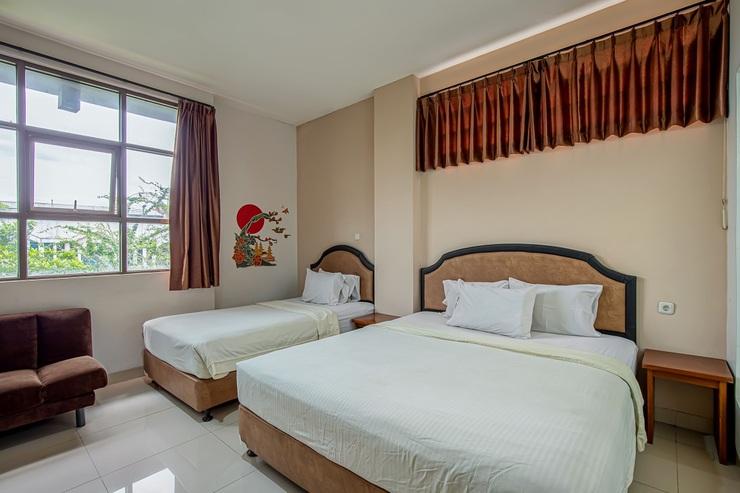 Asoka Hotel Bandung - Ruang keluarga