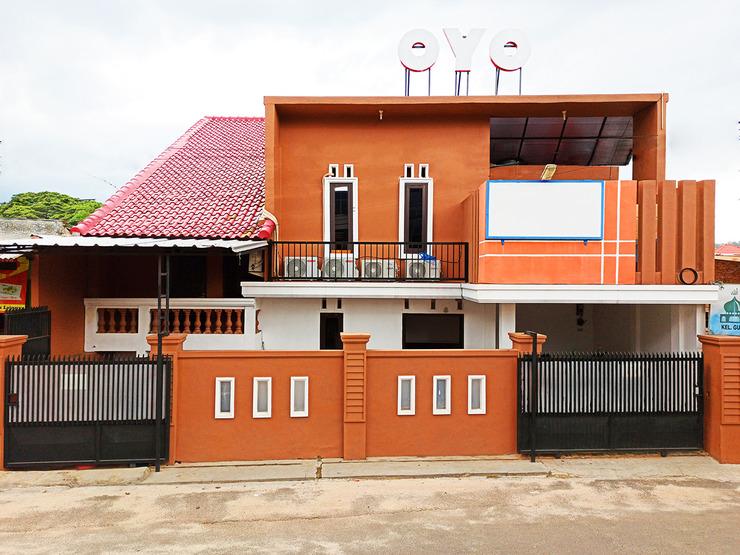 OYO 2595 Lumungga Residence Bandar Lampung - Facade