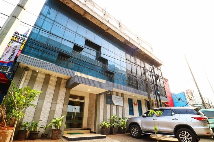 New Priok Indah Syariah Hotel Jakarta - Building
