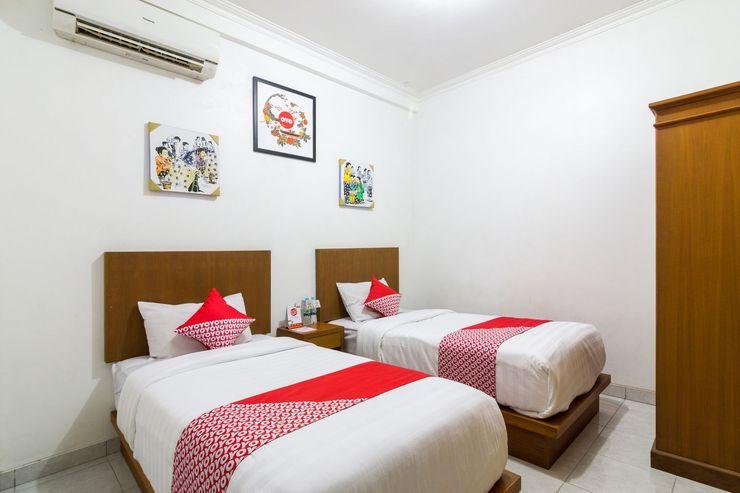 OYO 1242 Penginapan RB Syariah Yogyakarta - Bedroom