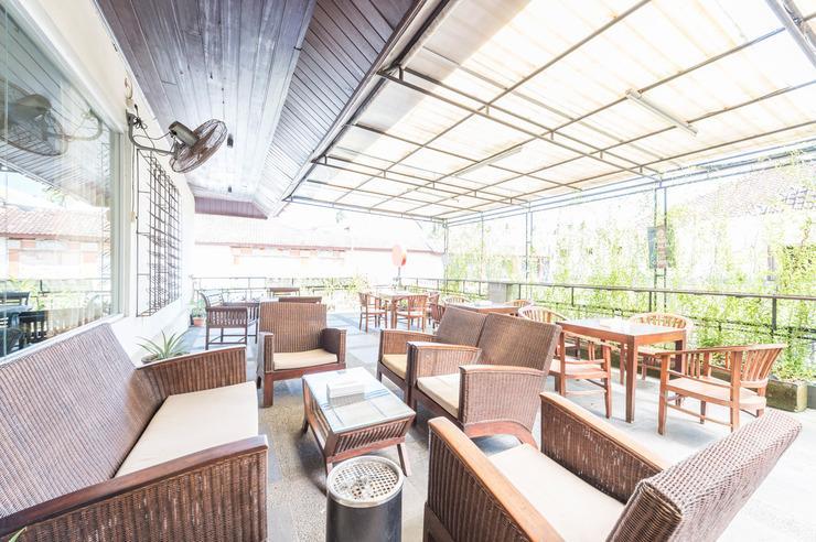 Airy Kartika Plaza Kuta Centre 8X Bali - Restaurant