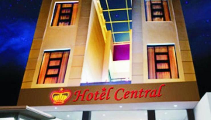 Hotel Central Kudus - Facade