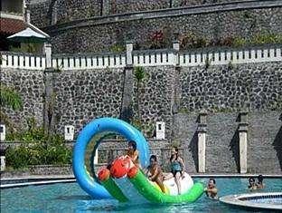 Pines Garden Resort Pasuruan -