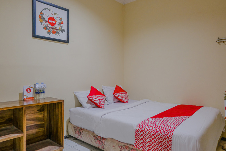 OYO 1851 Hotel Malang Malang - BEDROOM DL D