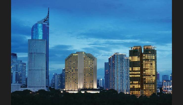 Shangri-La Hotel Jakarta - Featured Image