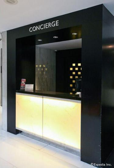 Concorde Hotel Singapore - Concierge Desk