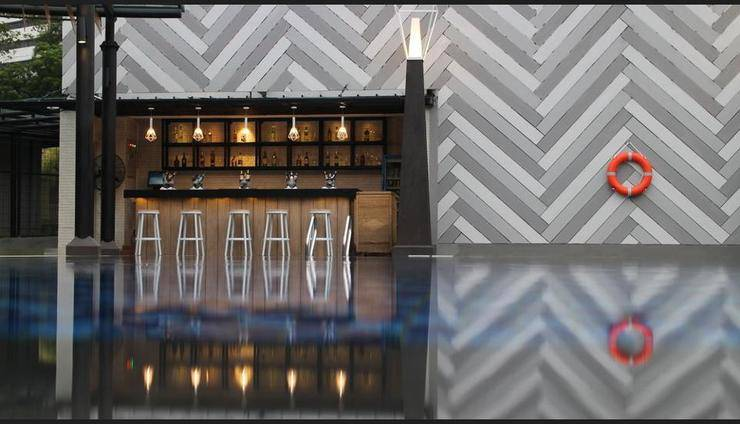 Century Park Hotel Jakarta - Poolside Bar