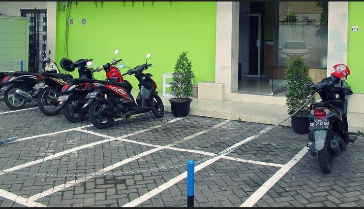 The Alley City Hotel Bali - Parking