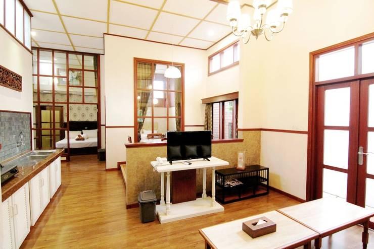 Hotel Gradia 1 Malang - Guestroom