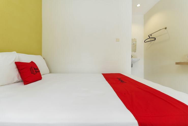 RedDoorz @ Selamet Riyadi Solo - Guestroom