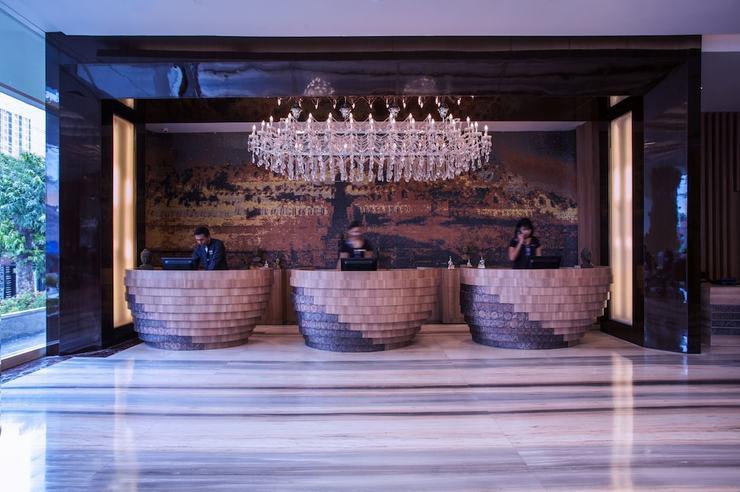 Grand Mercure Yogyakarta Adi Sucipto Yogyakarta - Reception
