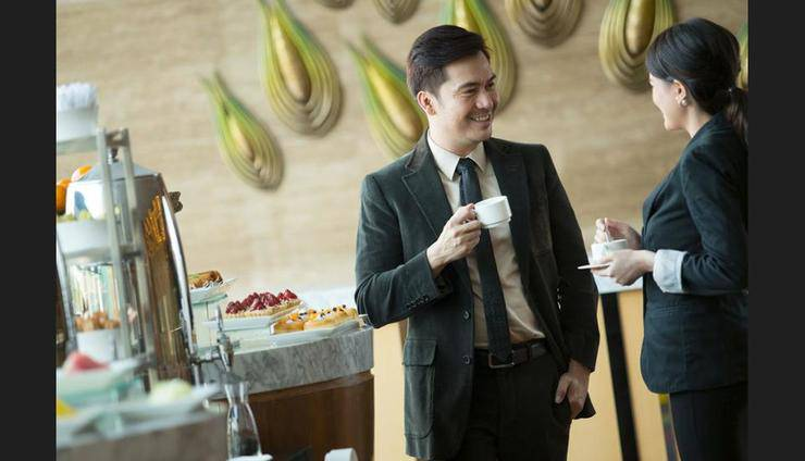 Holiday Inn Kemayoran Jakarta - Coffee Service