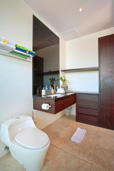 Indi Villas - The Bhadra Seminyak - Bathroom