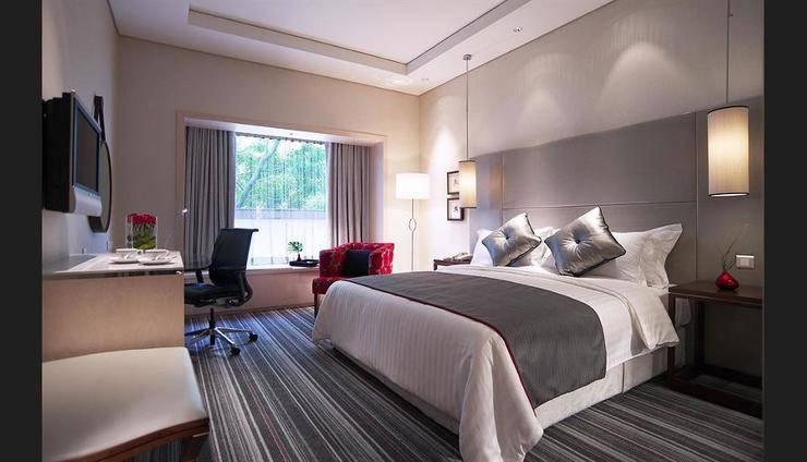 Carlton Hotel Singapore - Guestroom