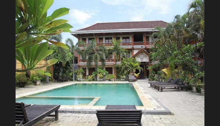 Beneyasa Beach Inn 1 Kuta - Outdoor Pool