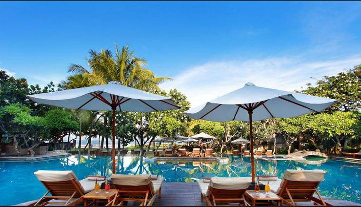 The Royal Beach Seminyak - Featured Image