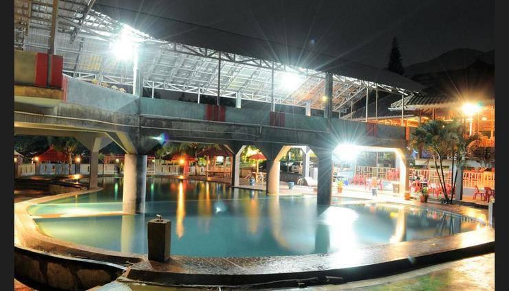 Review Hotel Amazing Beach Resort – Palu (Palu)