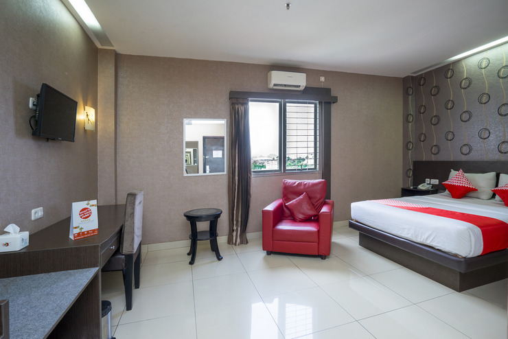 Capital O 1083 Hotel Grand Kartika Samarinda - Guestroom Su/D