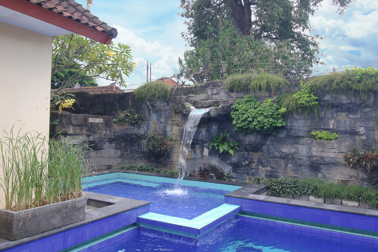 Airy Denpasar Barat Imam Bonjol 125 Bali Bali - Pool