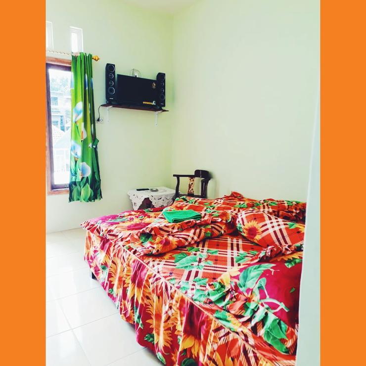 Homestay Blessing Kamaran Malang - Bedroom