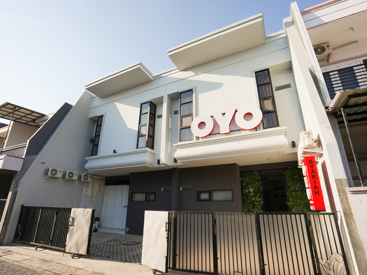 OYO 1143 Willow Residence Surabaya - Facade