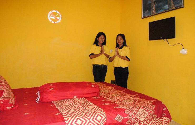 Udan Mas Guesthouse & Gallery Magelang - Room