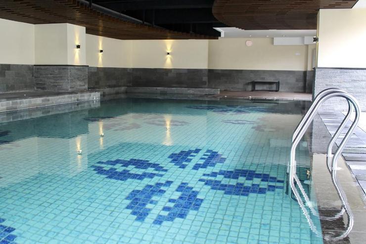 Luxurious Studio @ Tamansari La Grande Apt By Travelio Bandung - Kolam renang