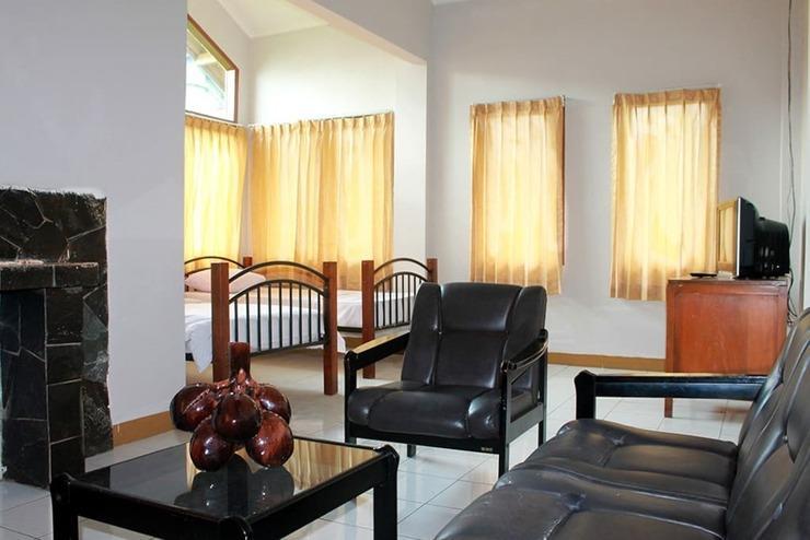 Villa Tandera Istana Bunga Lembang Bandung - Kamar