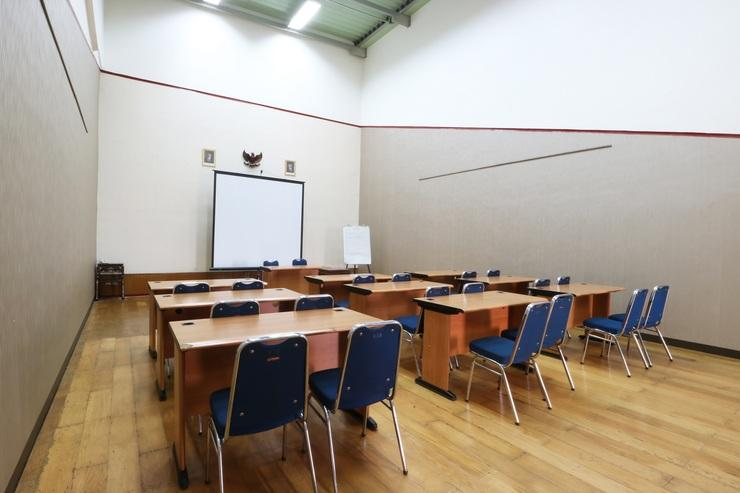 Hotel 678 Kemang Jakarta - Meeting Room
