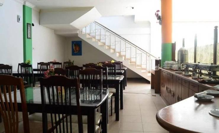 Sabrina Sisingamangaraja Hotel Pekanbaru - Ruang makan