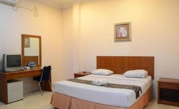 Sabrina Sisingamangaraja Hotel Pekanbaru - Kamar tamu
