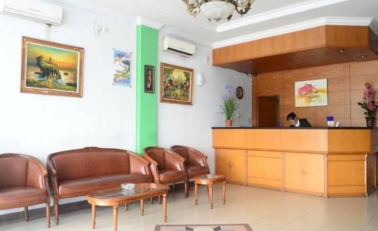 Sabrina Sisingamangaraja Hotel Pekanbaru - Resepsionis