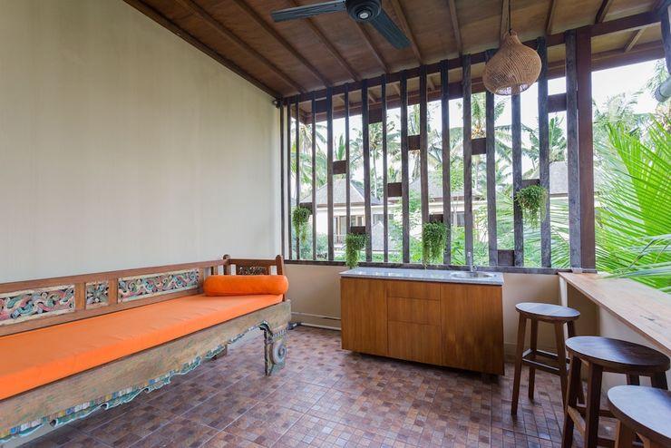 Kakul Villa & Apartment Bali - Private Kitchenette