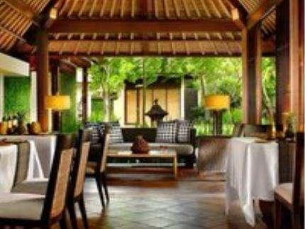 Kayumanis Sanur Private Villa & Spa Bali - Restoran