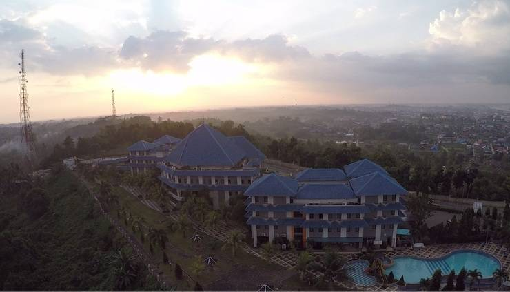 Alamat Grand Elty Singgasana Tenggarong - Tenggarong