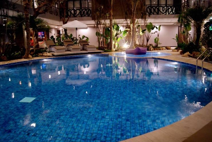 Amaroossa Suite Bali - Kolam Renang