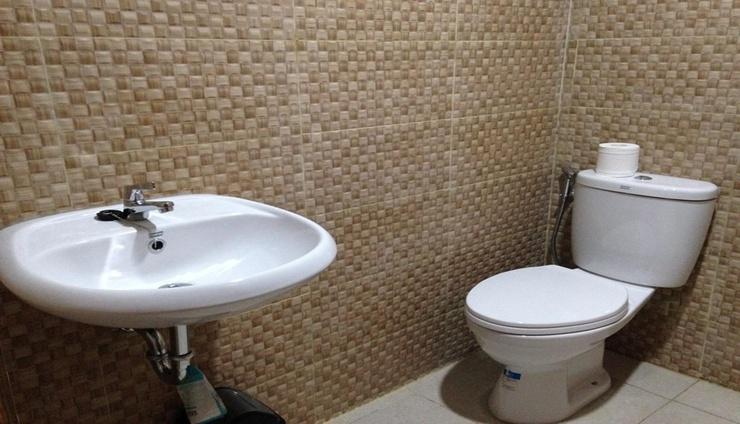 Dylan's Guesthouse Lombok - Bathroom