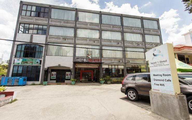 Hotel Sejati 1 Balikpapan - Exterior
